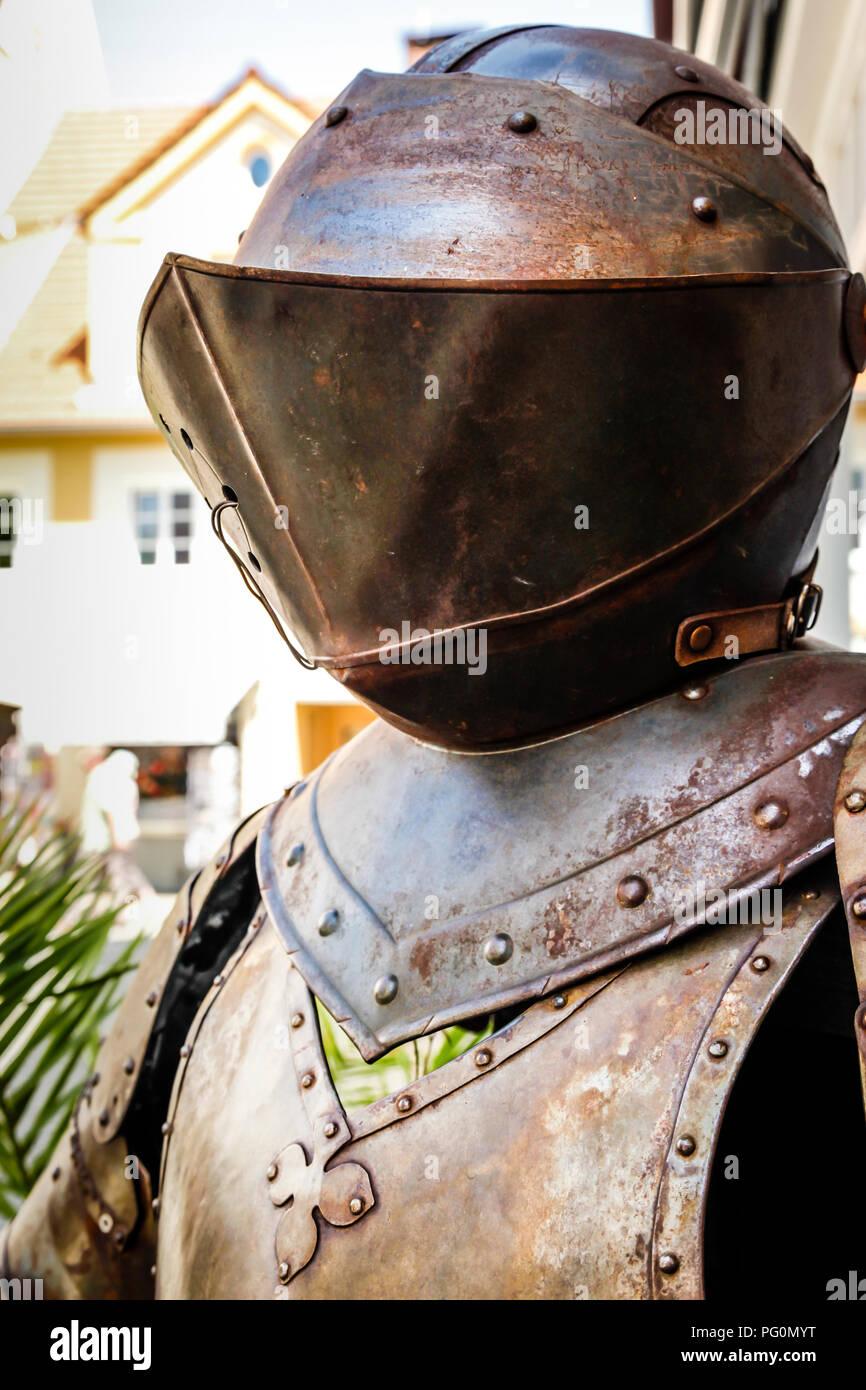 Medieval armor outside gastof krone hotel and restaurant for Fussen design hotel