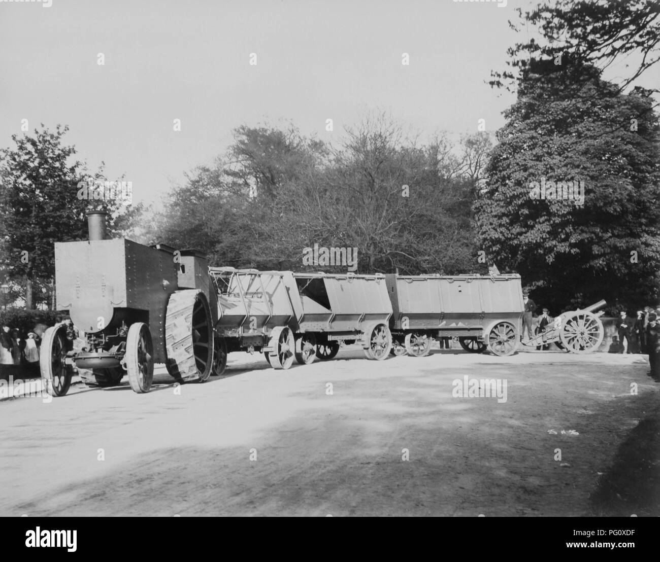 Fowler F5 armoured traction engine circa 1900 - Stock Image