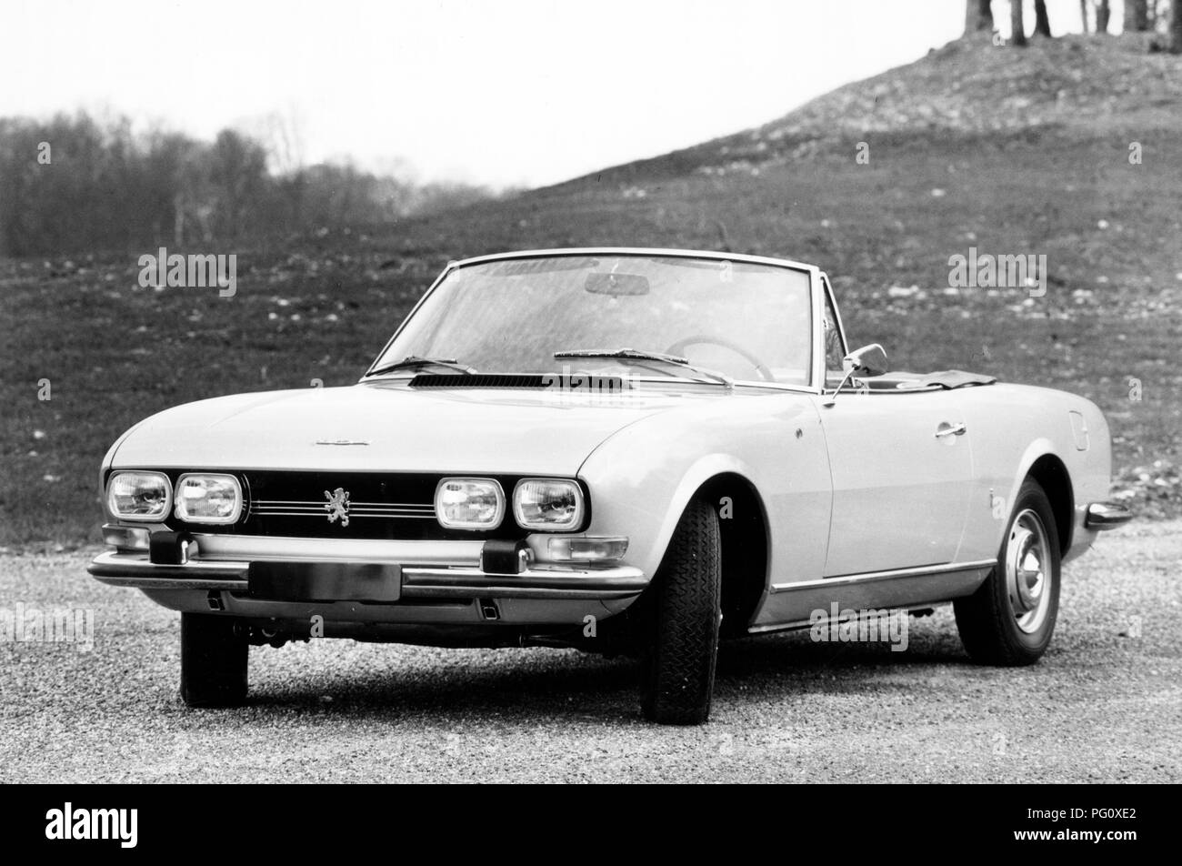 1969 Peugeot 504 Cabriolet Stock Photo Alamy