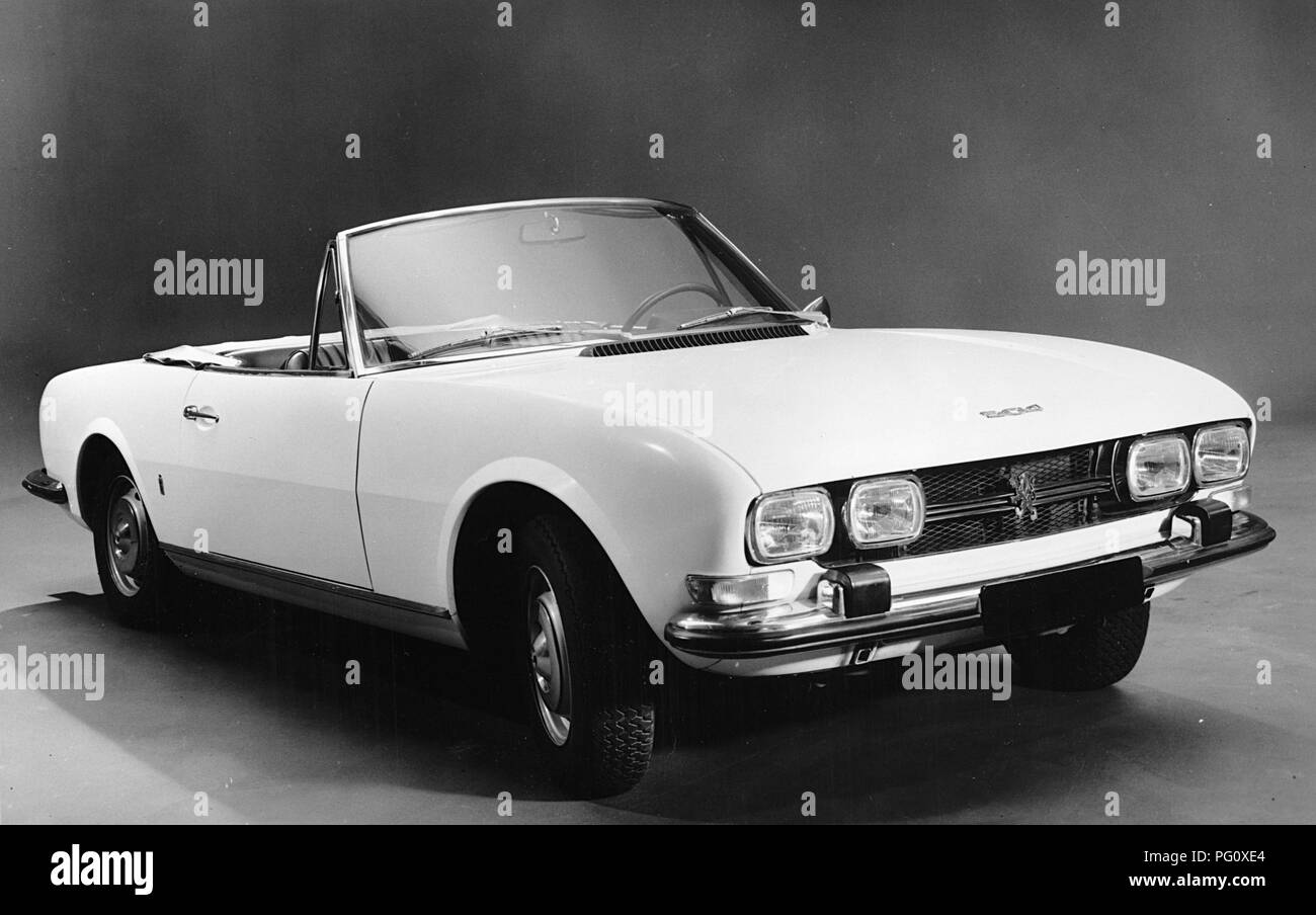 Peugeot 504 Black And White Stock Photos Images Alamy
