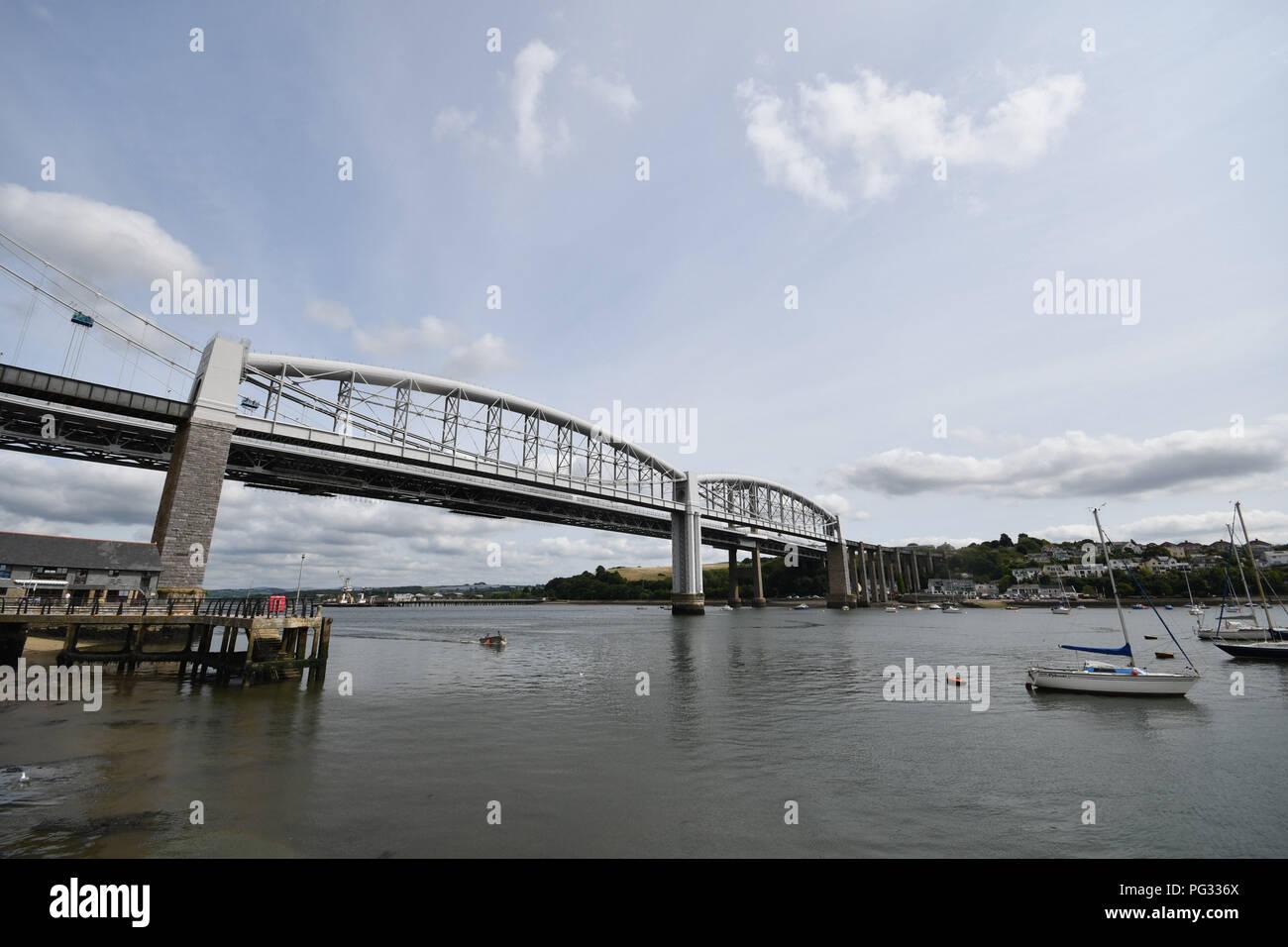 Saltash, Cornwall, UK. 23rd Aug, 2018. UK Weather. Sunny luchtime at Saltash. Credit: Simon Maycock/Alamy Live News Stock Photo