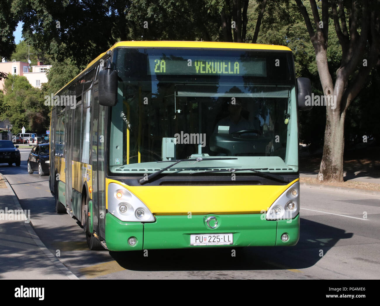 Single Deck Bus In Green And Yellow Livery Operated By Pulapromet On A Street In Pula Croatia With A Local Bus Service Number 2a In August 2018 Stock Photo Alamy