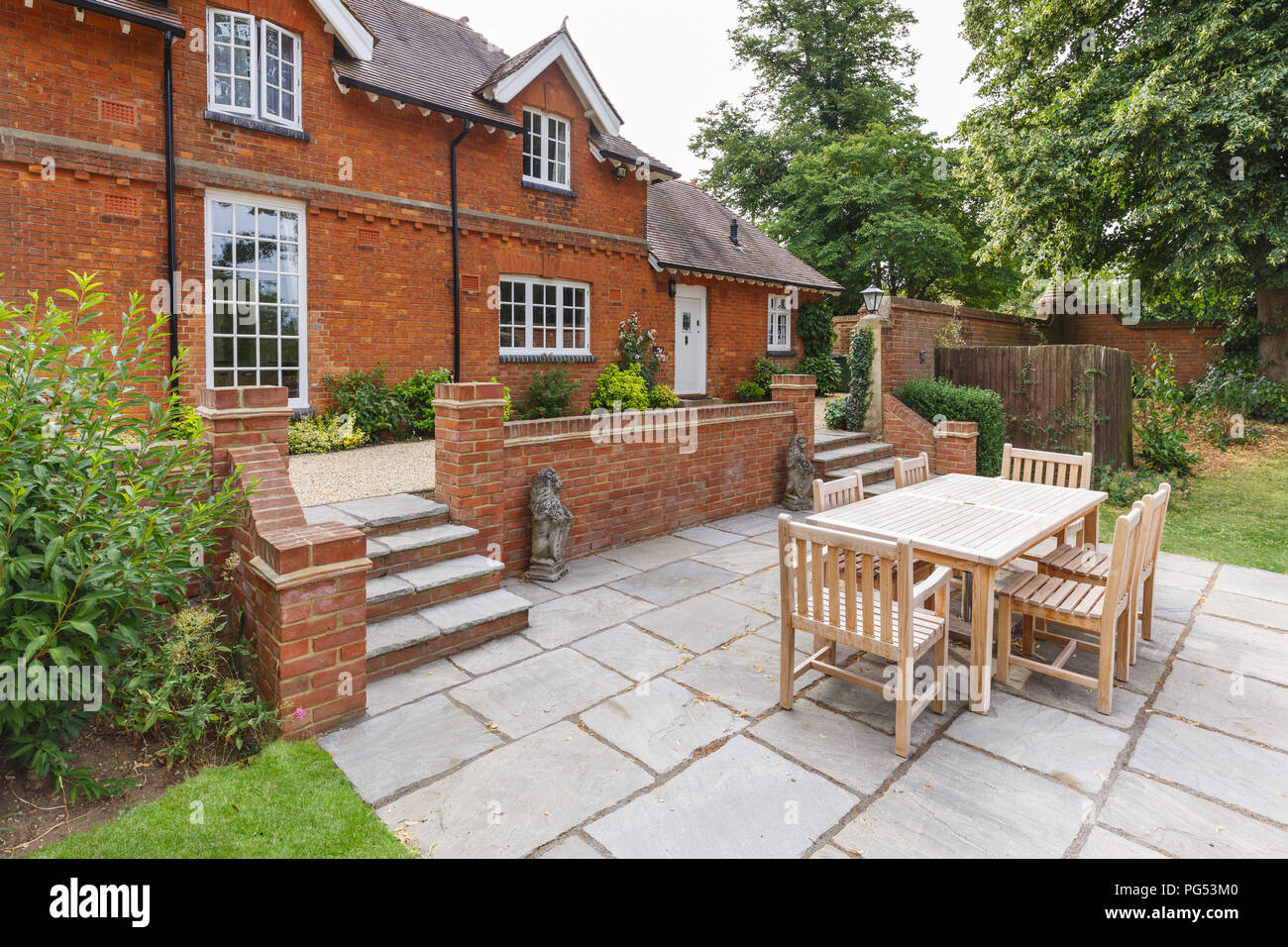 Large Historic Victorian House Featuring An English Garden ...