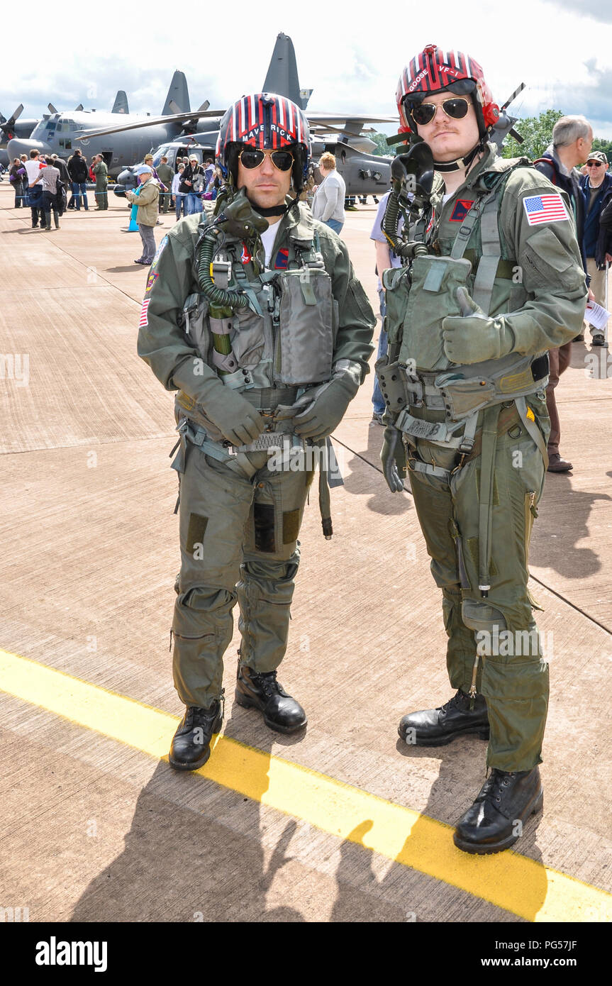 Flying Suits Stock Photos & Flying Suits Stock Images - Alamy