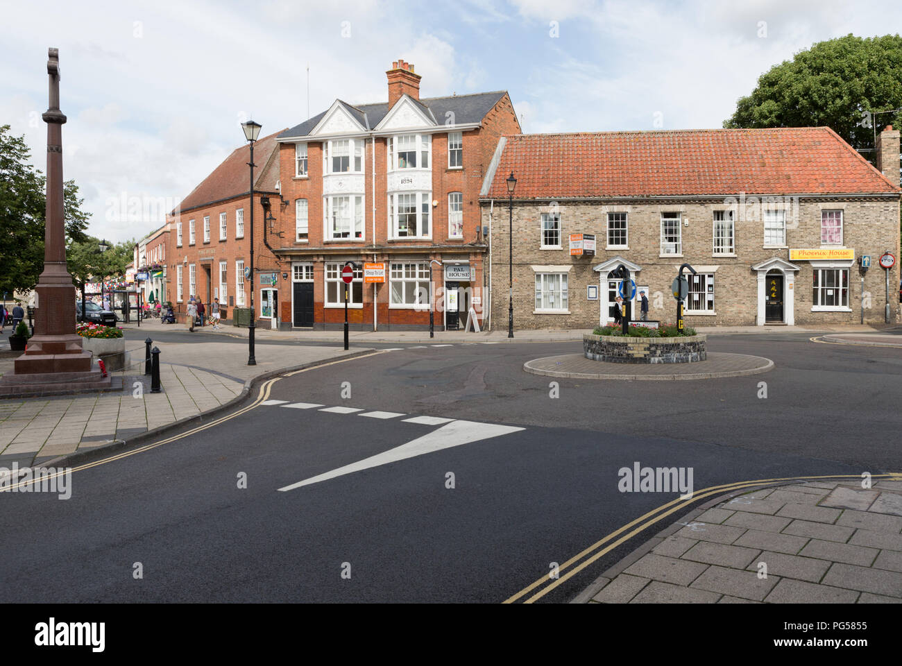 Shops and Post Office,Pal House, looking to King Street, left, from Market Place, Thetford. Unsharpened - Stock Image