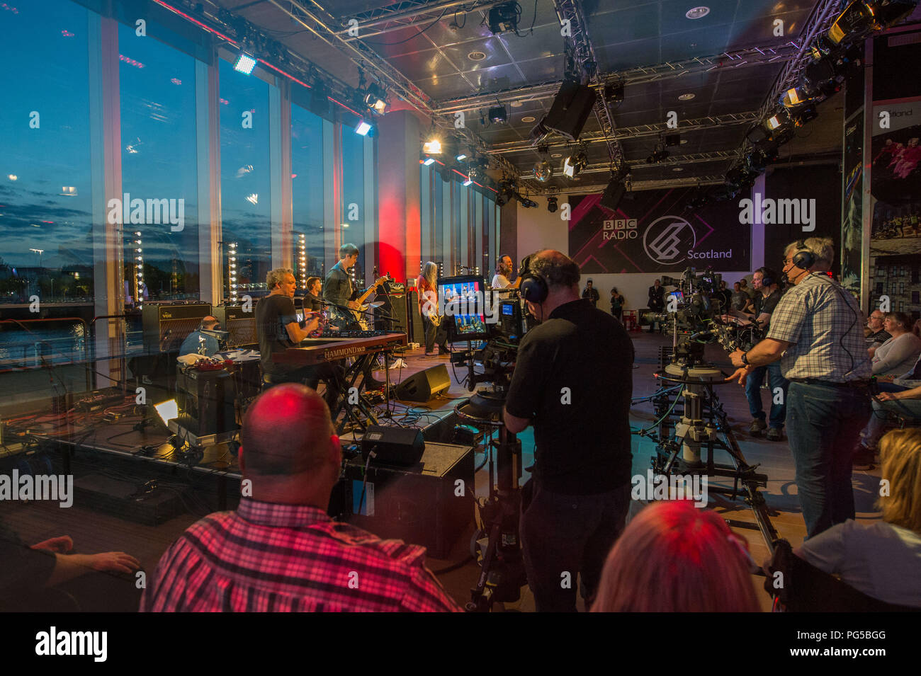 Rock band Reef play their final song of the set, The Quay Sessions, BBC Scotland Glasgow, 16th May 2018 - Stock Image