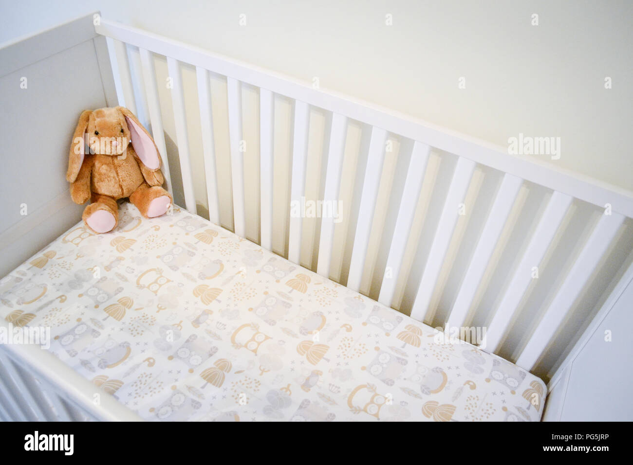 Baby girl\'s crib. Neutral colors. Owl bed sheet. Ikea ...