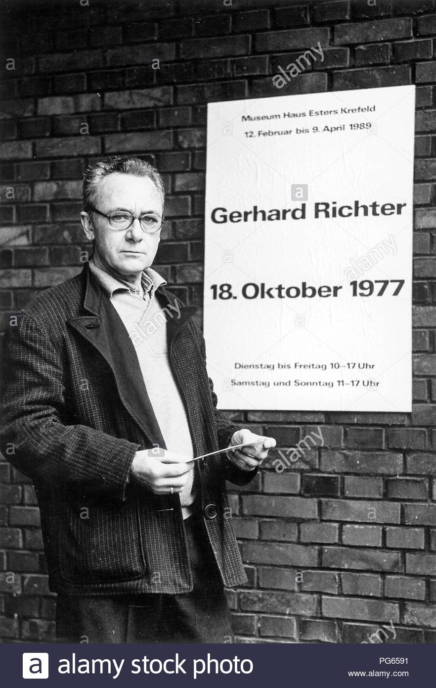 Gerhard Richter (born 1932), German painter and printmaker. The image was made on the occasion of his exhibition '18. October 1977' at the Museum Haus Esters, Krefeld. - Stock Image