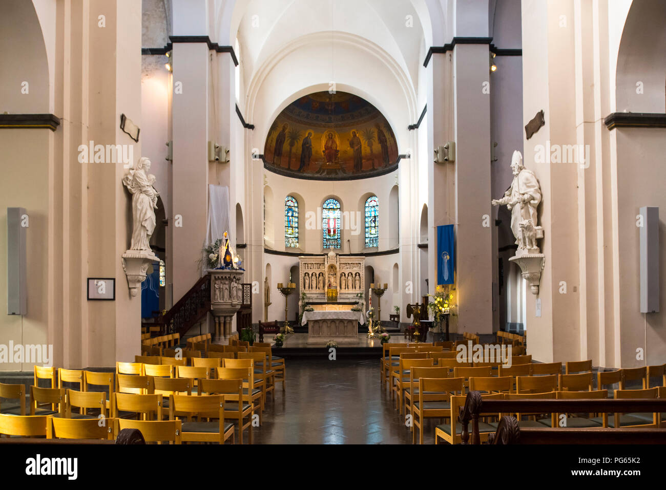 Interior of the Neo-Romanesque Church of St Remacle / Eglise Notre-Dame et Saint Remacle de Spa in the city Spa, Liège, Belgium Stock Photo