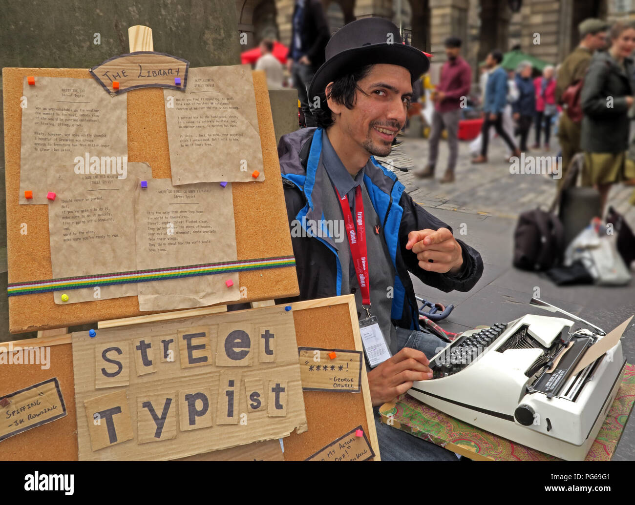 Street Typist, Edinburgh fringe, High St, Edinburgh, Lothian, Scotland,UK - Stock Image