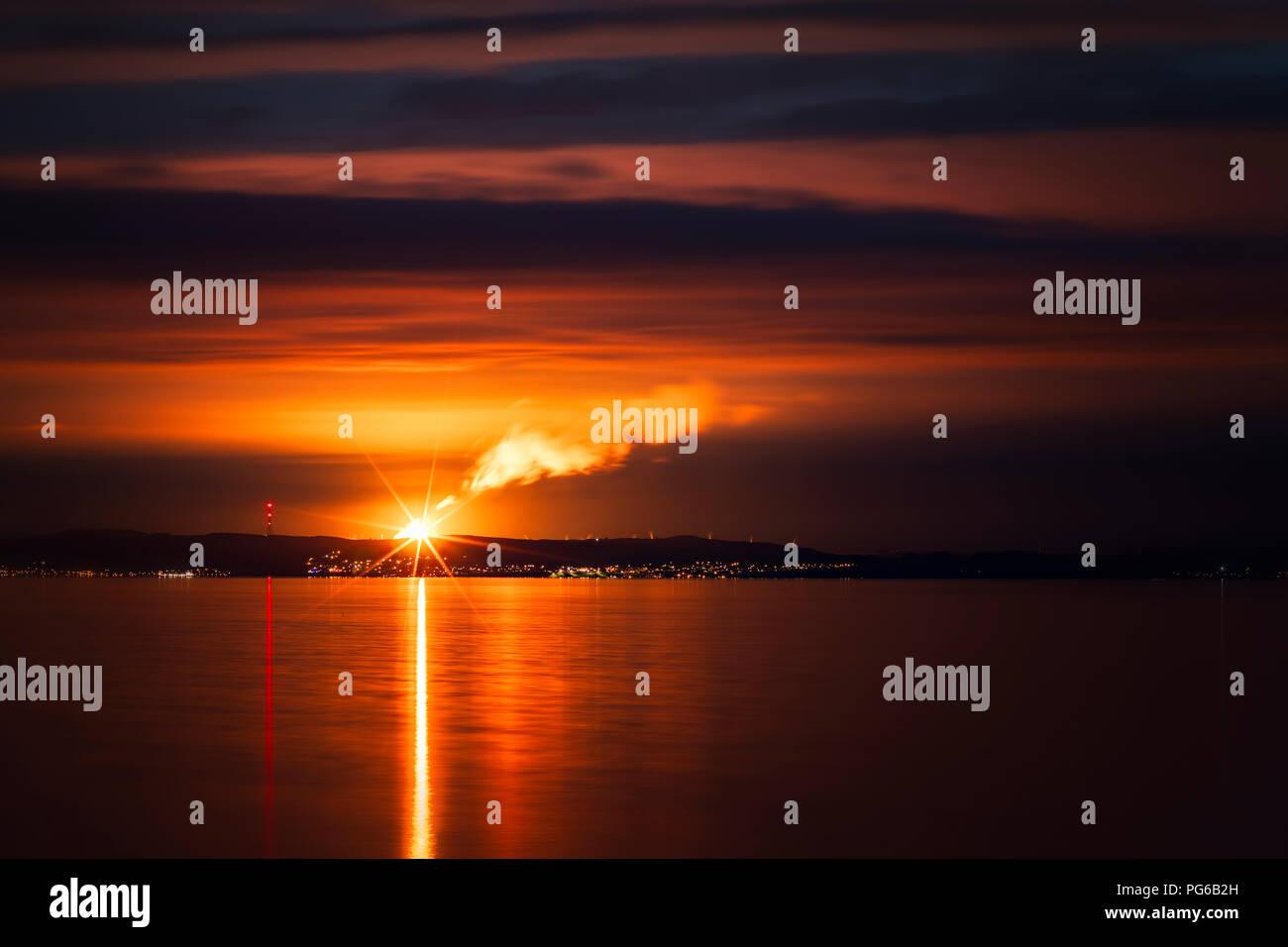 UK, Scotland, Fife, Cowdenbeath, Mossmorran Flare, Mossmorran Natural Gas fractionation plant - Stock Image