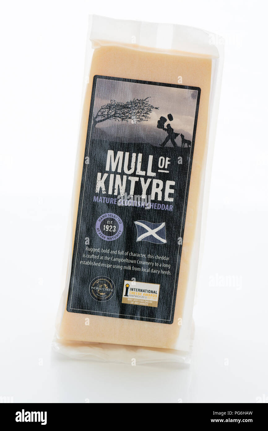 Mull of Kintyre Mature Scottish Cheddar cheese - Stock Image