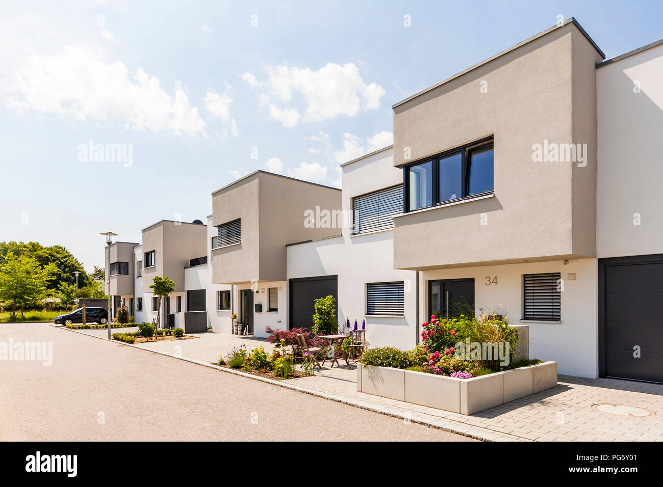 Germany, Bavaria, Neu-Ulm, modern one-family houses, efficiency houses - Stock Image