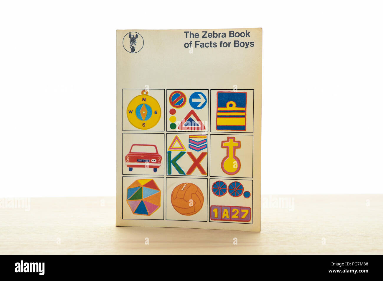 The Zebra Book of Facts for Boys 1972 revised printing - first published 1968 - Stock Image