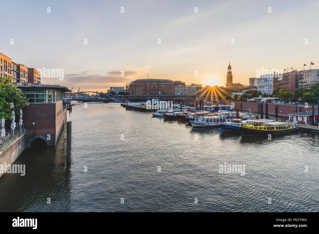 Germany, Hamburg, inland harbour with St. Michaelis Church in background - Stock Image