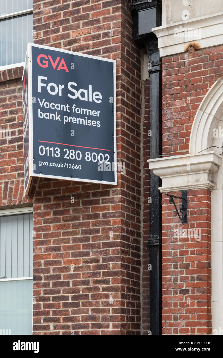 Bank premises for sale in Pocklington, East Yorkshire Stock Photo