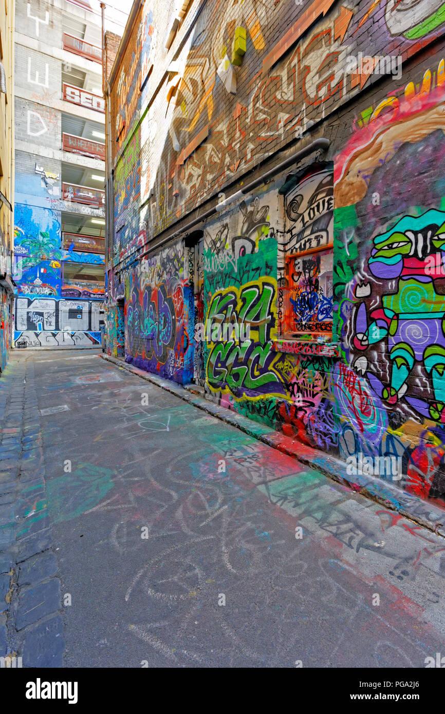 Hosier lane famous laneway street art graffiti of melbourne