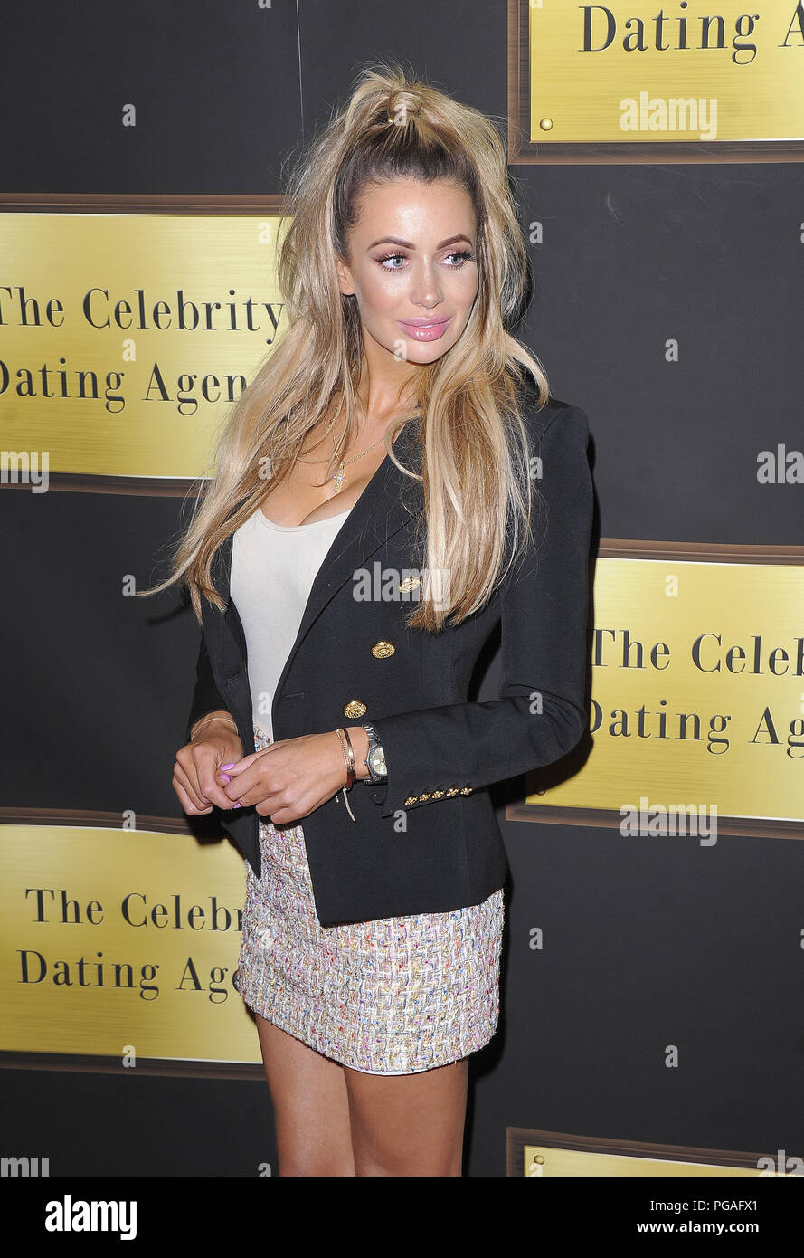 london celebs go dating age how old do u have to be to start dating