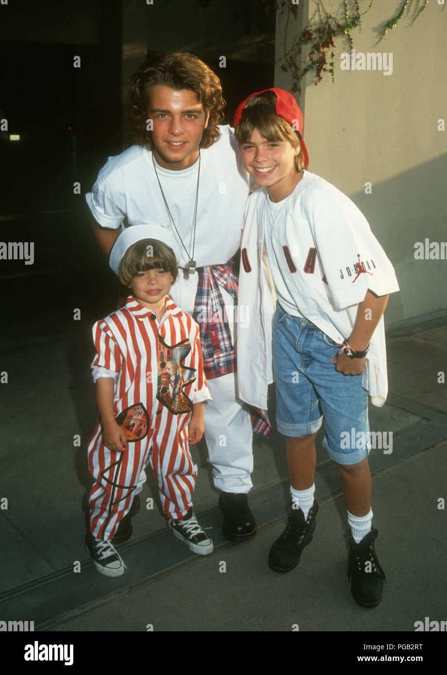 Andrew Lawrence Stock Photos Images Page 2 Smith Bermuda Shorts Navy 33 Westwood Ca August 3 L R Actors Brothers