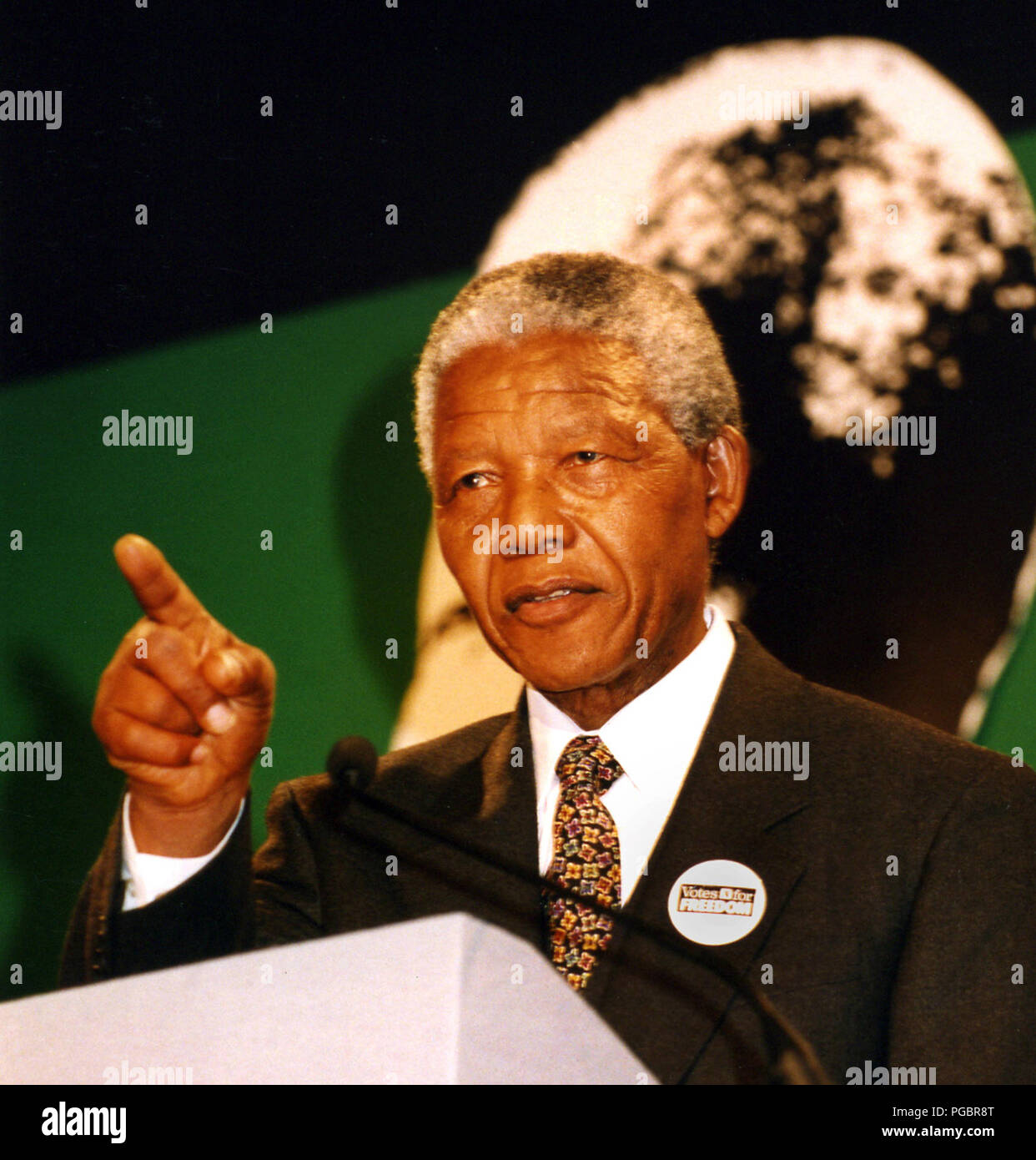 Nelson Mandela speaking in Glasgow's City Chambers after he received The Freedom of the City at a ceremony in October 1993. - Stock Image