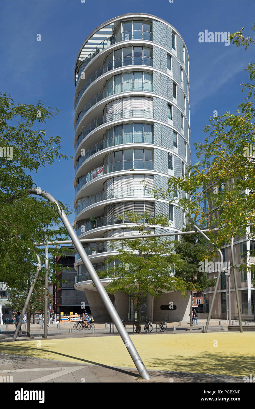apartment building, HafenCity (Harbour City), Hamburg, Germany - Stock Image
