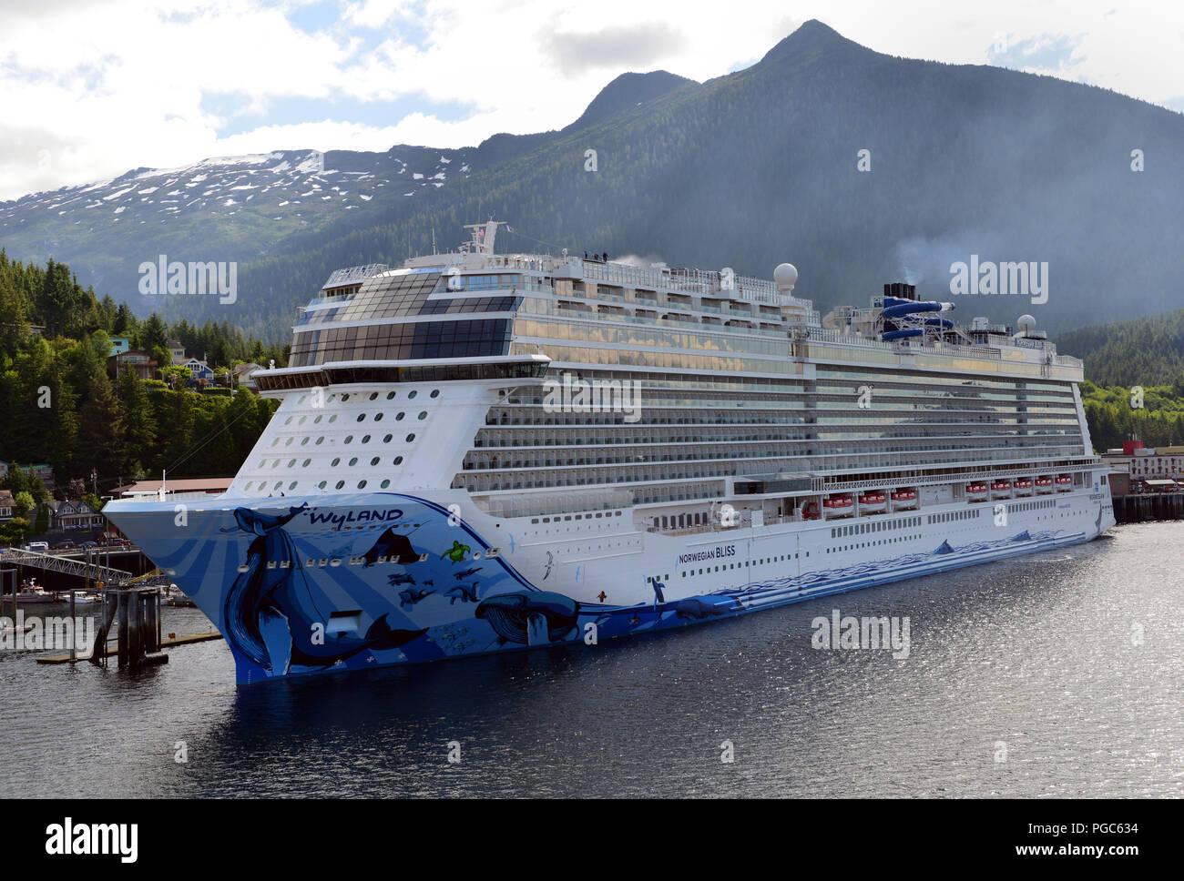 Norwegian Cruise Line Breakaway Stock Photos Norwegian