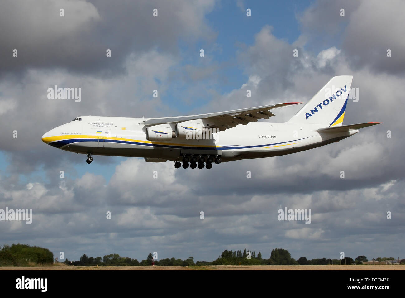 Antonov Airlines An-124 on approach into Wattisham Airfield, Suffolk. This large cargo aircraft is returning AAC Apaches helicopters from the USA. - Stock Image