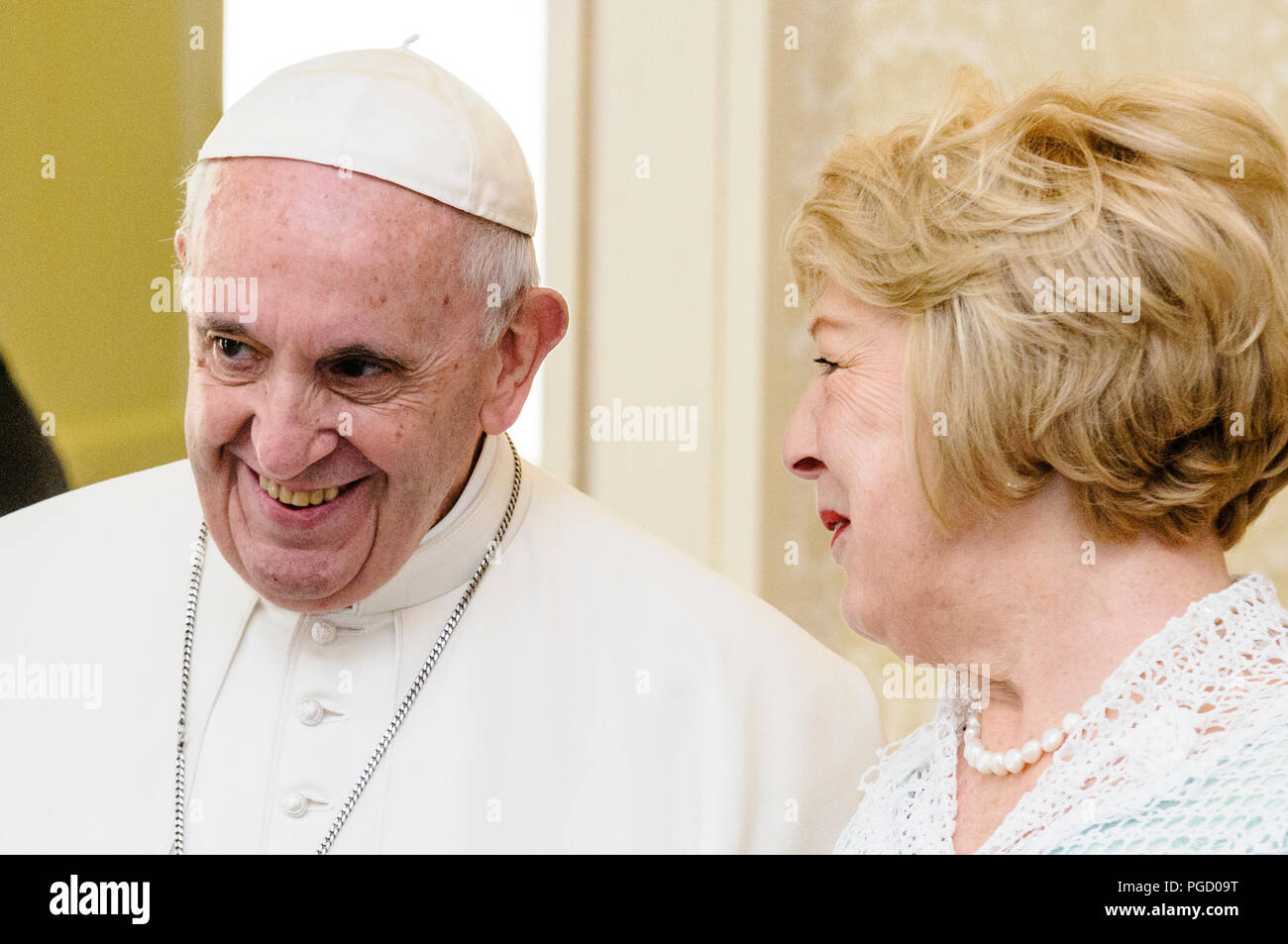 Dublin, Ireland. 25th Aug 2018. Pope Francis is welcomed to Ireland by the Irish President, Michael D. Higgins, and his wife Sabina, at the Aras An Uachtarain (President's official residence). Credit: Stephen Barnes/Alamy Live News - Stock Image