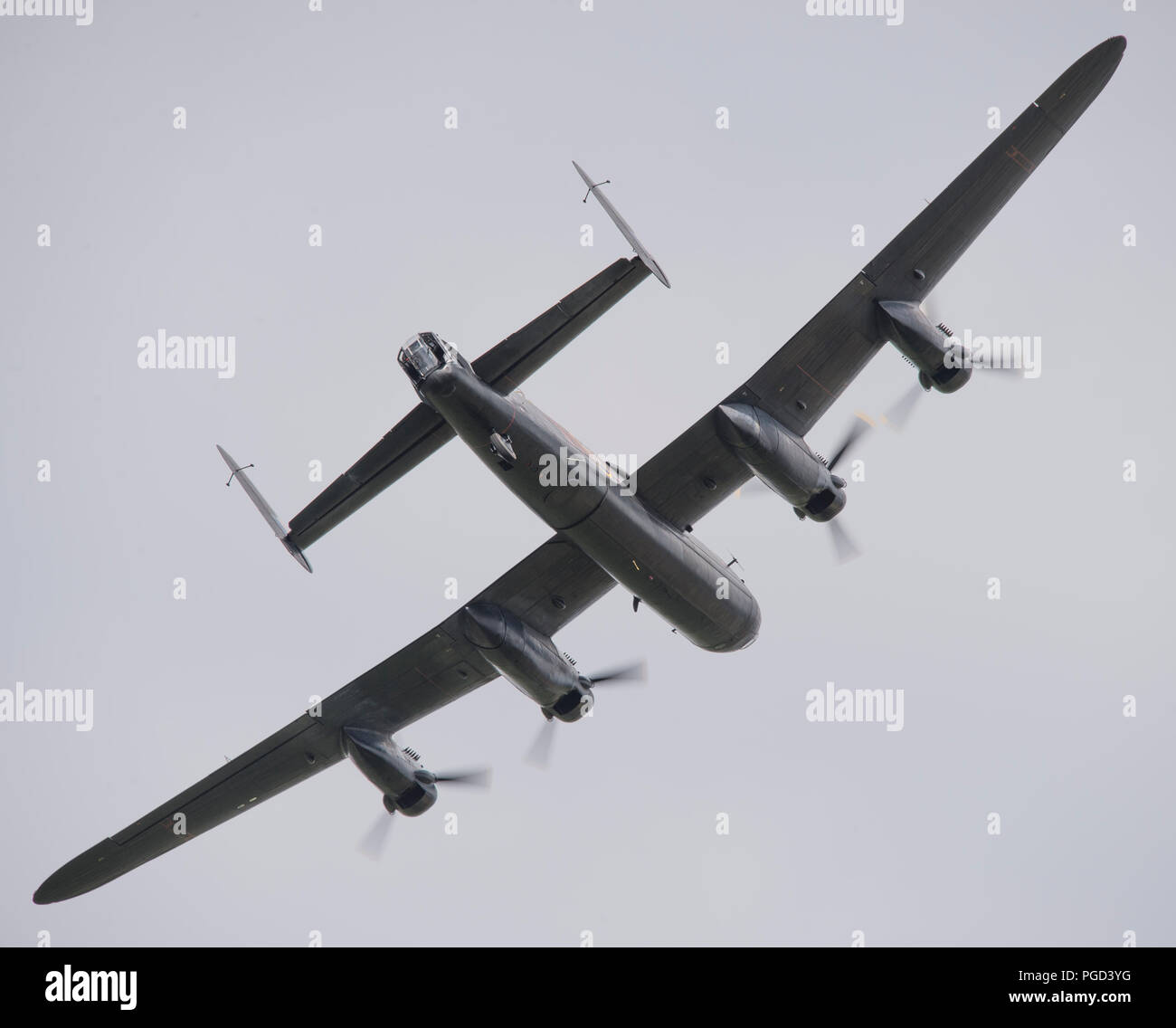 Dunsfold Park, Surrey, UK. 25 August, 2018. Weekend iconic aviation and motoring show at Dunsfold features flying displays and modern, classic & vintage supercars. Weather changes may curb may flying activities on Sunday 26 August as heavy rain is forecast. Credit: Malcolm Park/Alamy Live News. - Stock Image