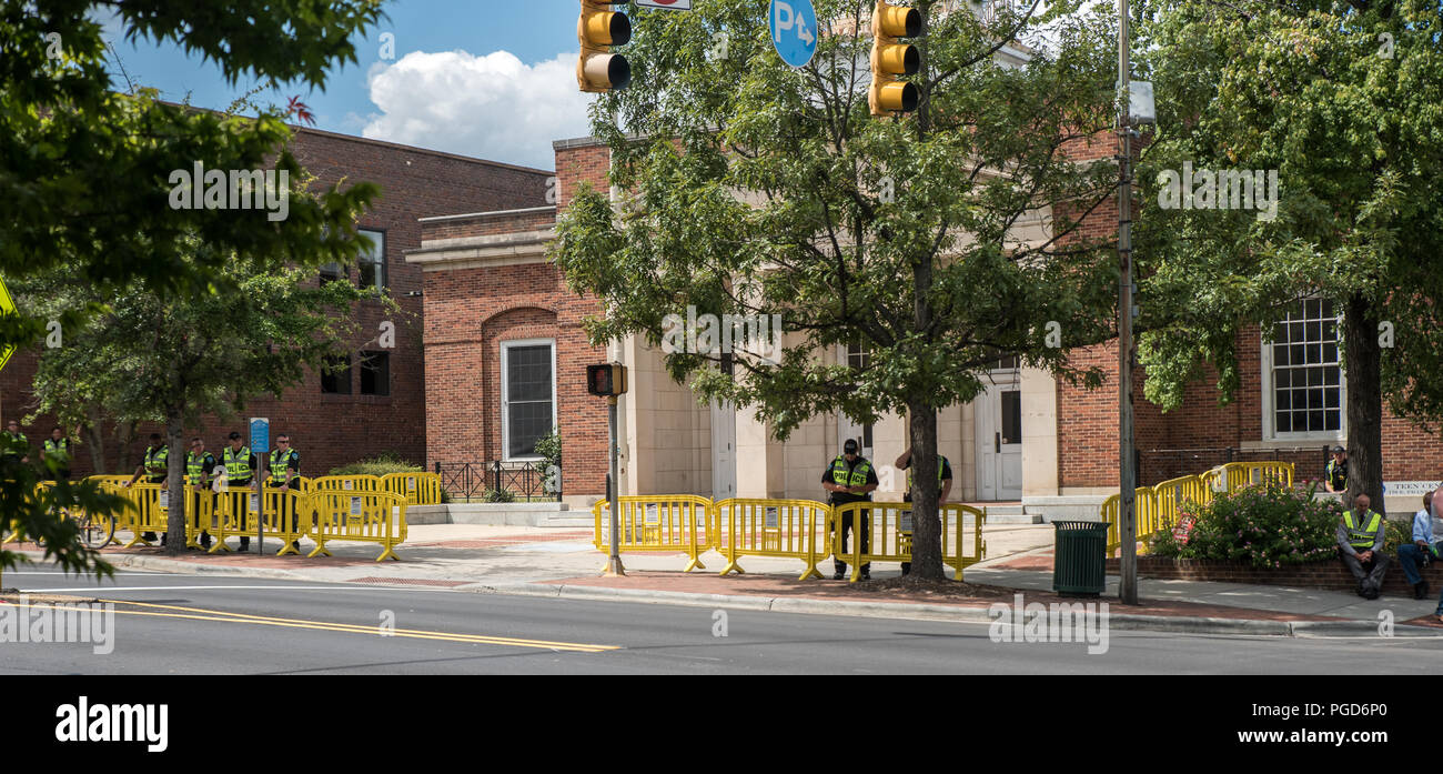 North Carolina, USA. 25 August 2018. Demonstration  at Silent Sam Statue, UNC Campus with police monitoring Credit: DavidEco/Alamy Live News - Stock Image