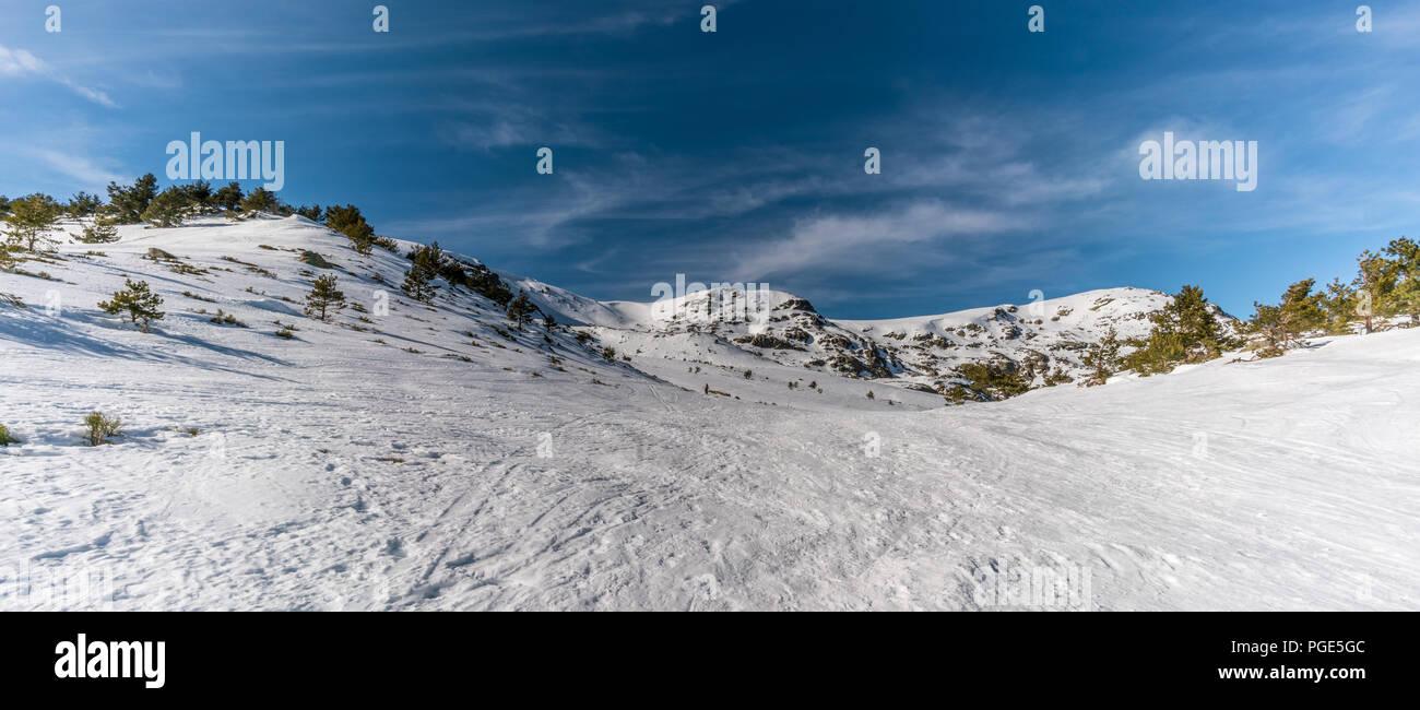"Penalara Natural Park winter scene. ""Circo Glaciar"" Cirque glacier covered with snow . Located in the Sierra de Guadarrama,  mountainous axis called t Stock Photo"