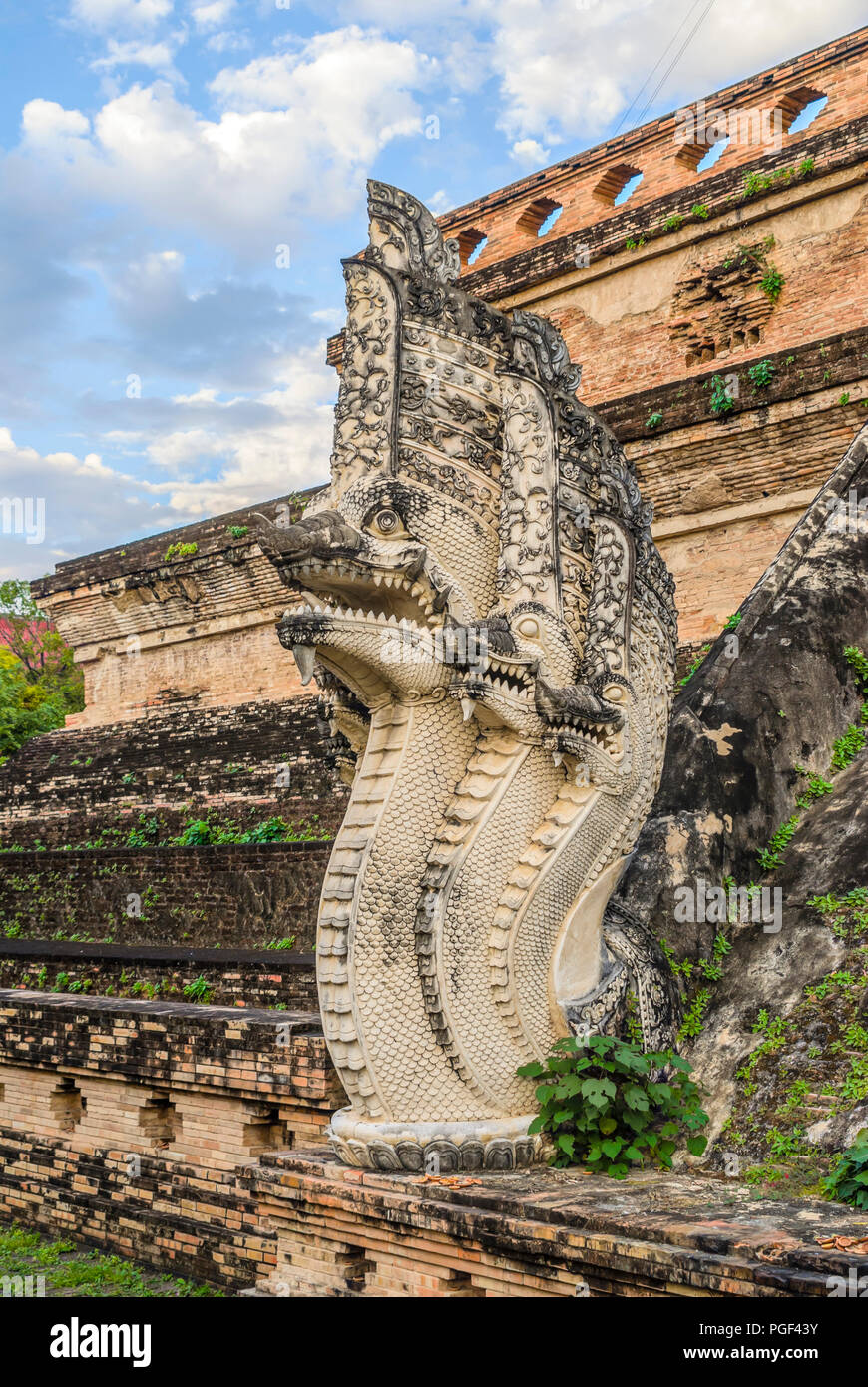 Detail of a Buddhist Naga Snake at Wat Chedi Luang, Chiang Mai, Thailand | Detail einer buddhistischen Naga Schlange im Wat Chedi Luang, Chiang Mai, T - Stock Image