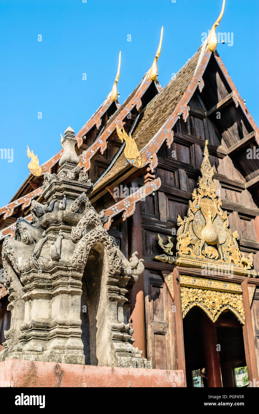 Wat Phant Tao, Chiang Mai, Northern Thailand | Wat Phant ao, Chiang  Mai, Nordthailand - Stock Image