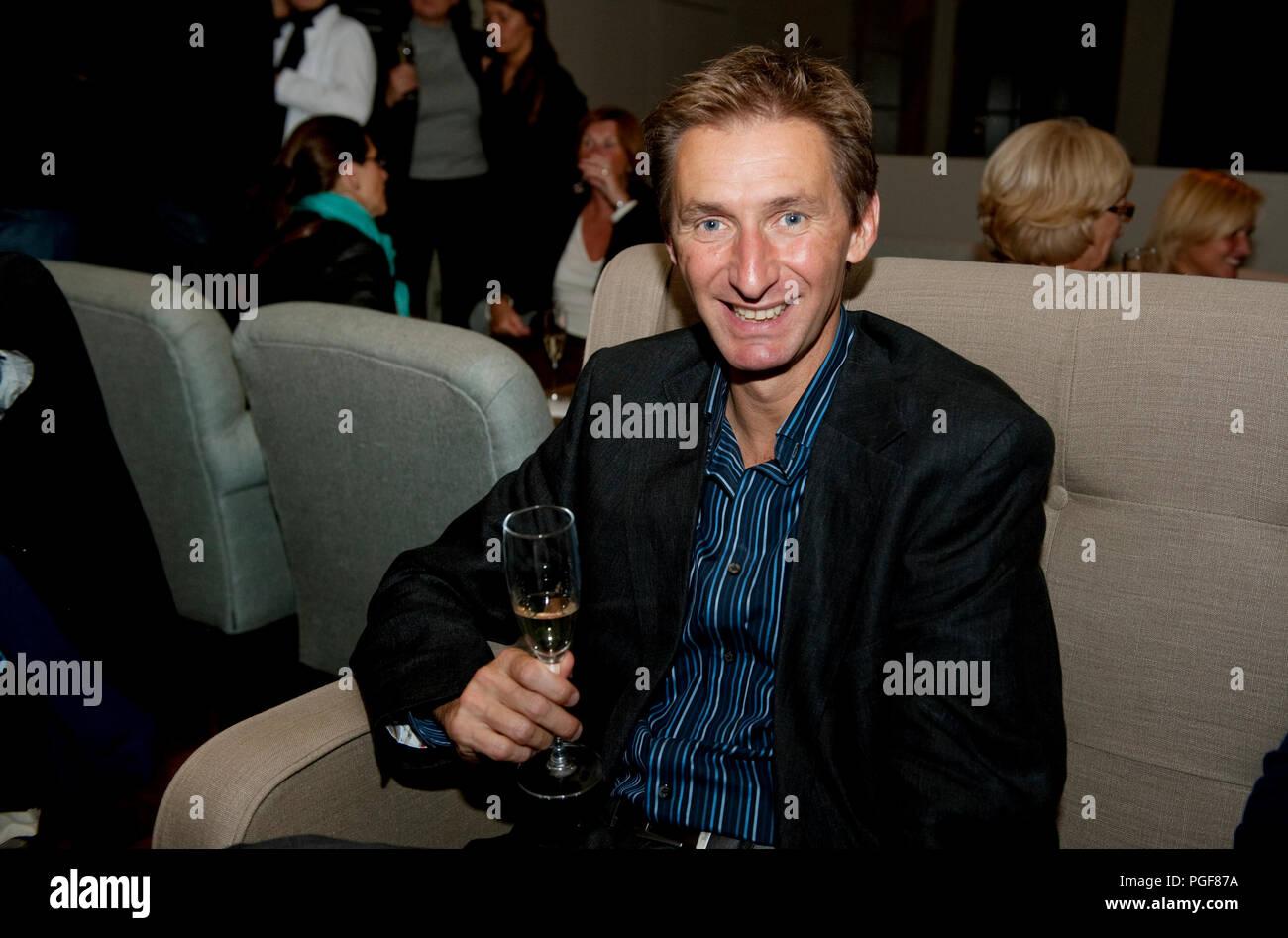 """Ben Rottiers spotted at the """"Tafelen met een hart voor kinderen"""" event at Flamant Dining in Antwerp (Belgium, 01/10/2009) Stock Photo"""