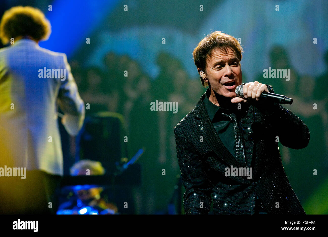 Sir Cliff Richard as special 'surprise' guest at the Night Of The Proms concert in Antwerp (Belgium, 28/10/2010) - Stock Image