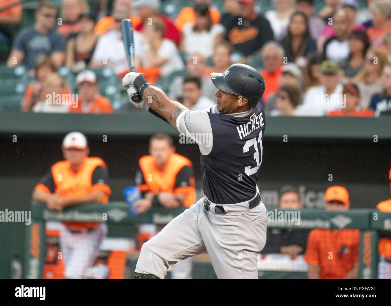 Baltimore, United States Of America. 24th Aug, 2018. New York Yankees center fielder Aaron Hicks (31) bats in the first inning against the Baltimore Orioles at Oriole Park at Camden Yards in Baltimore, MD on Friday, August 24, 2018. Credit: Ron Sachs/CNP (RESTRICTION: NO New York or New Jersey Newspapers or newspapers within a 75 mile radius of New York City) | usage worldwide Credit: dpa/Alamy Live News Stock Photo