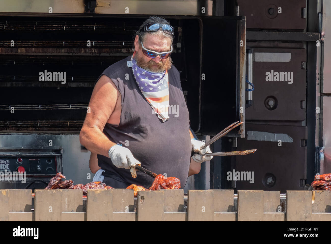 Pit Master Stock Photos & Pit Master Stock Images - Alamy