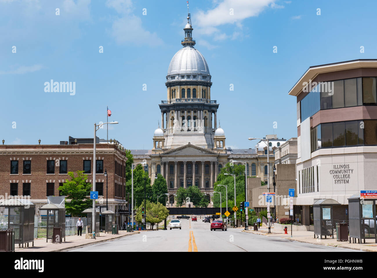 SPRINGFIELD, IL - JUNE 19, 2018: Illinois State Capitol from East Capitol Avenue - Stock Image