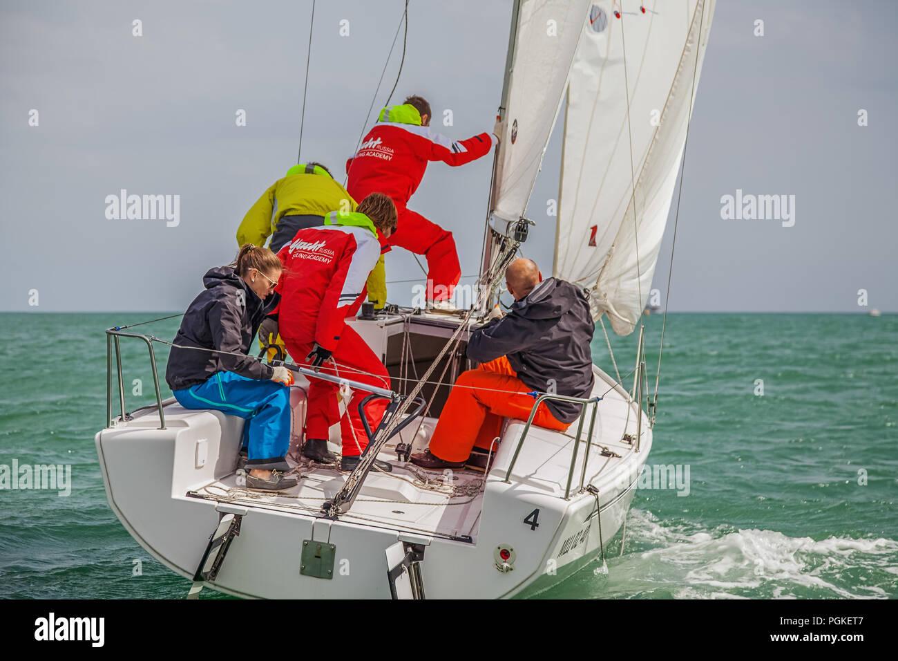 SOCHI, RUSSIA - MAY 21, 2016: Yachtsmen on the yacht Elan 210 - Stock Image