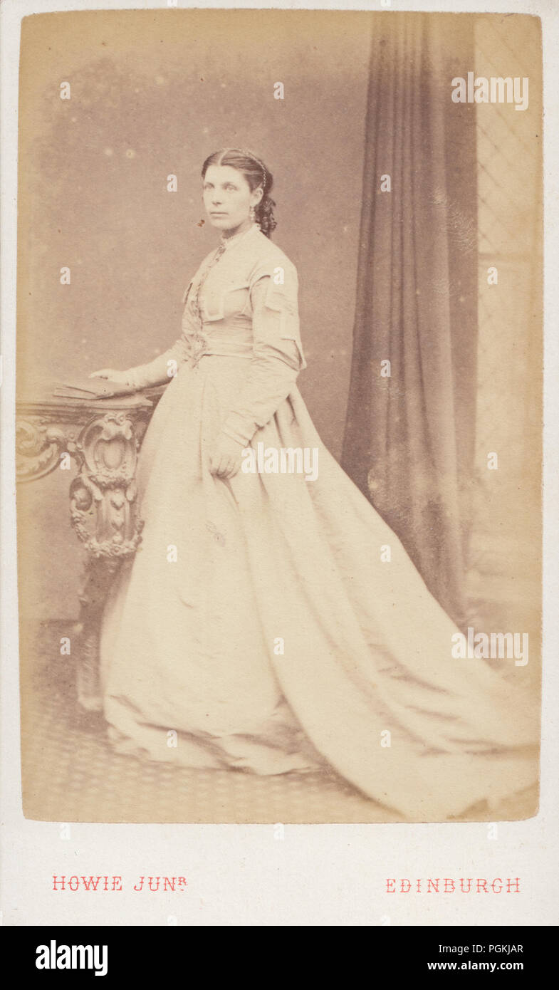 Edinburgh Scotland CDV Carte De Visite Of A Victorian Lady