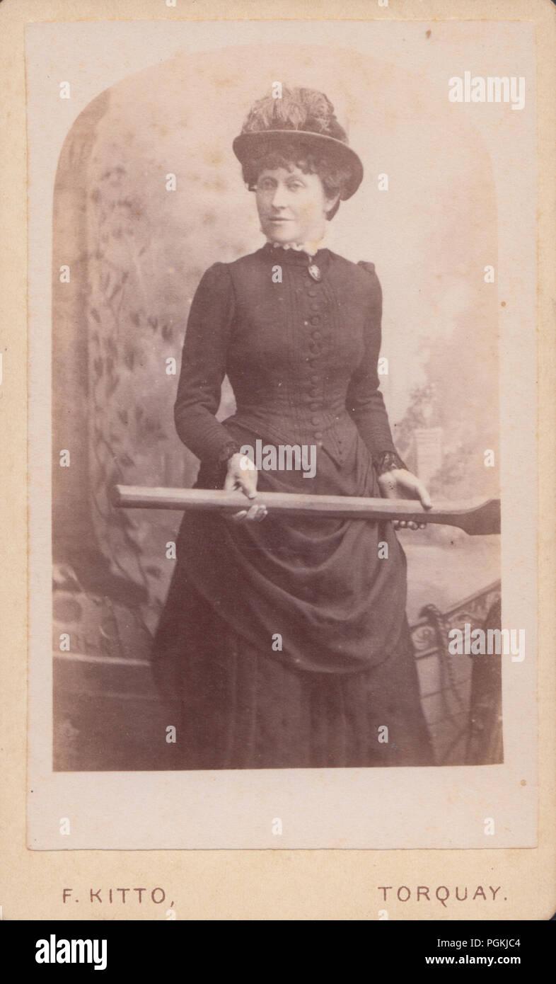 Torquay Devon CDV Carte De Visite Of A Victorian Lady Holding Rowing Boat Oar