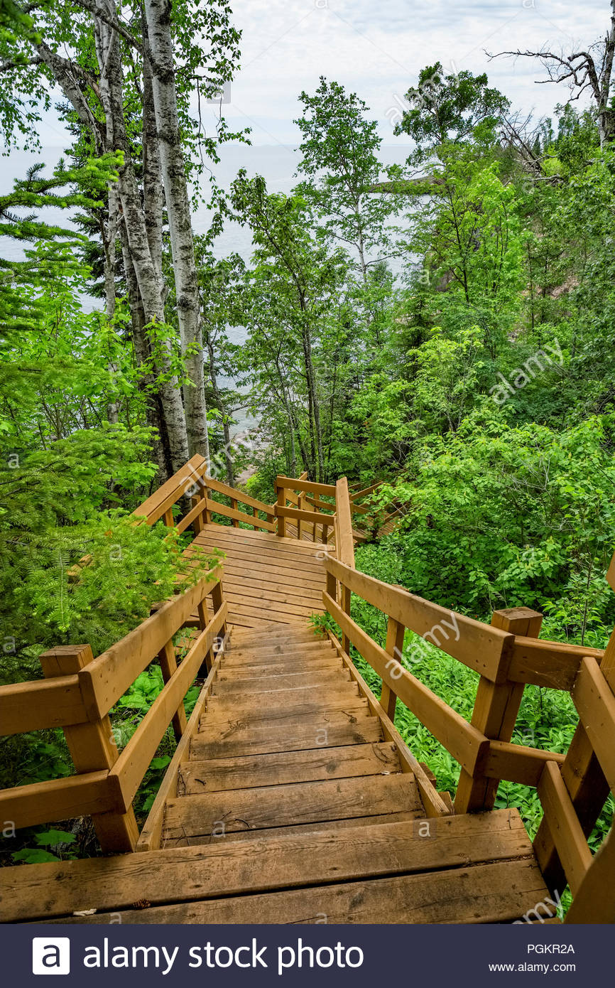 Stairway leads down to the water's edge on the north shore of Lake Superior, Minnesota. - Stock Image