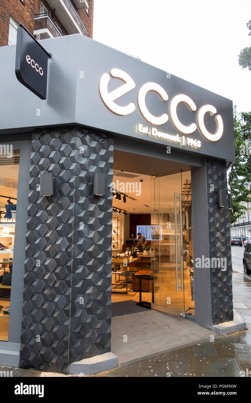 Ecco shoe shop on King's Road, Chelsea, London SW3 Stock Photo