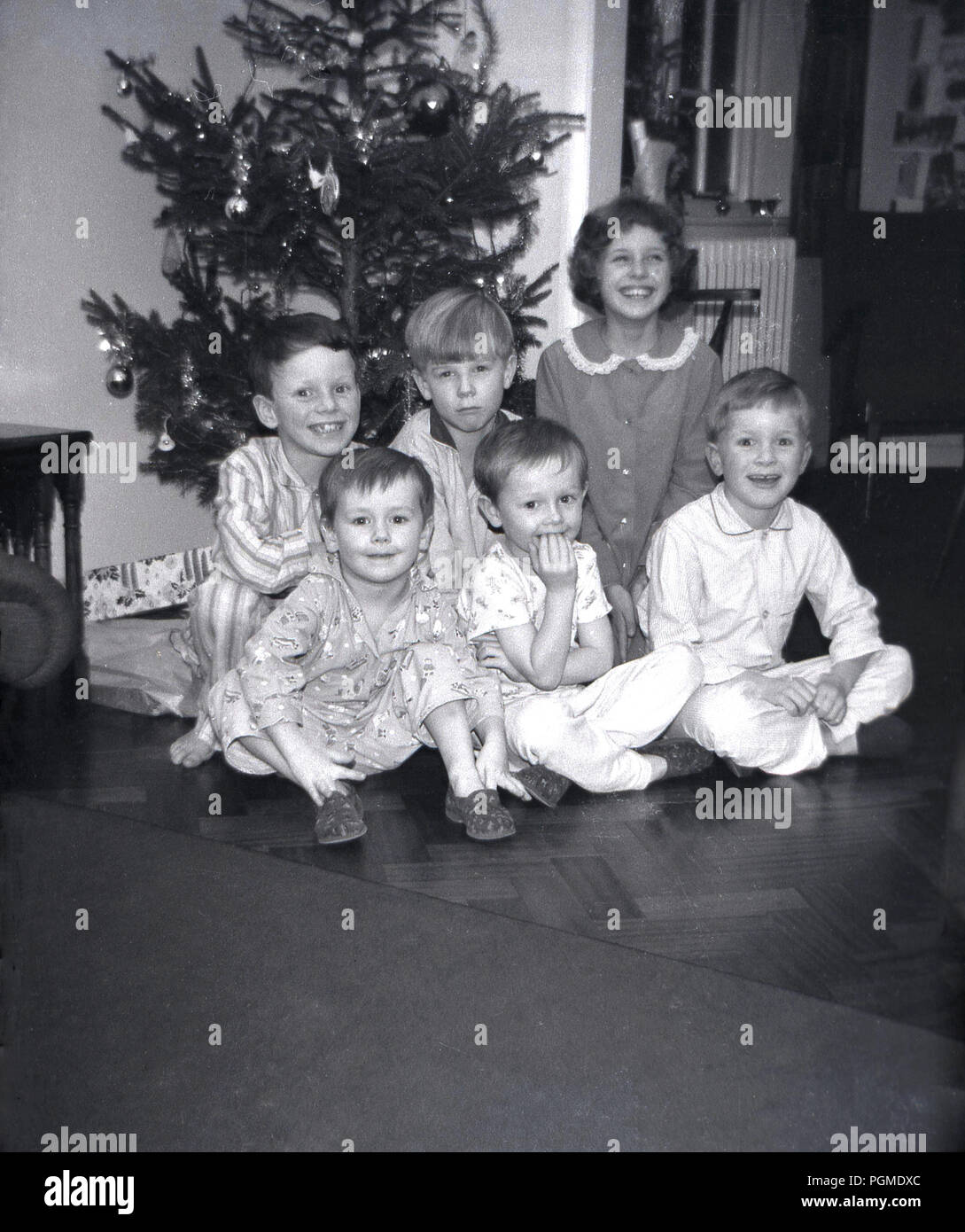 Black And White Children Christmas Tree High Resolution Stock Photography And Images Alamy