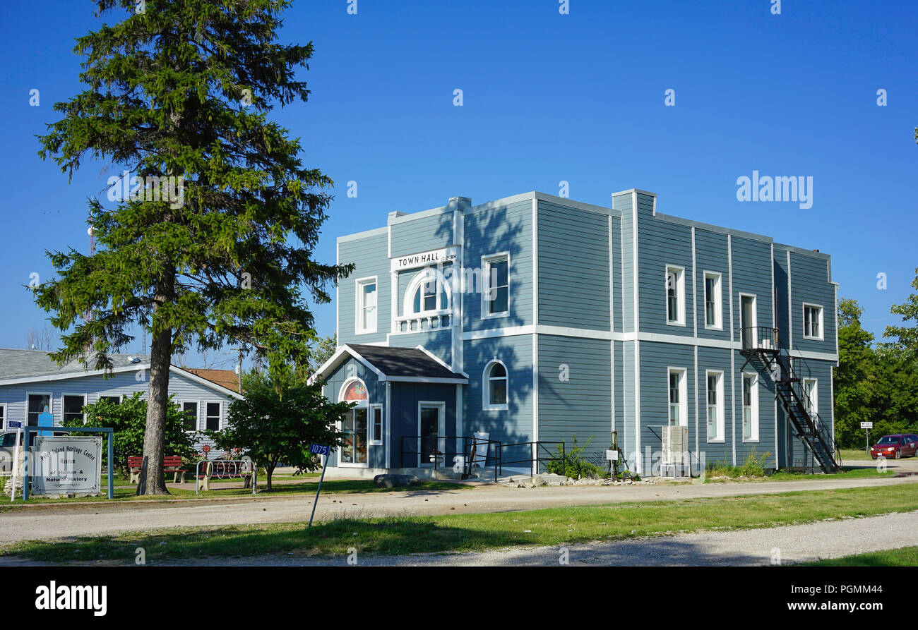 Tremendous Town Hall Point Peele Peele Island Canadas Most Southern Complete Home Design Collection Papxelindsey Bellcom