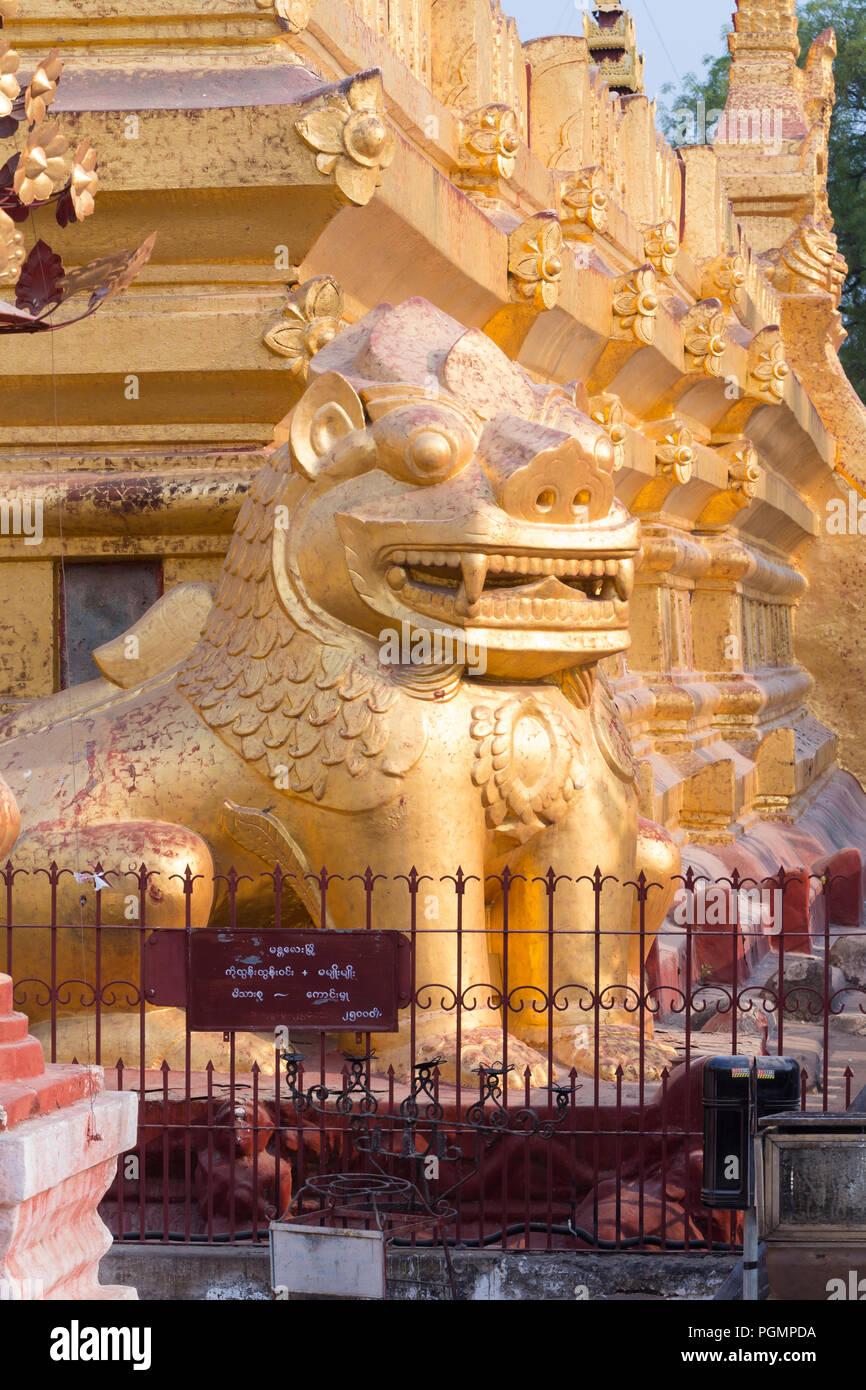 Chintes or grinning leogryphs, Shwezigon Paya, Bagan, Myanmar Stock Photo