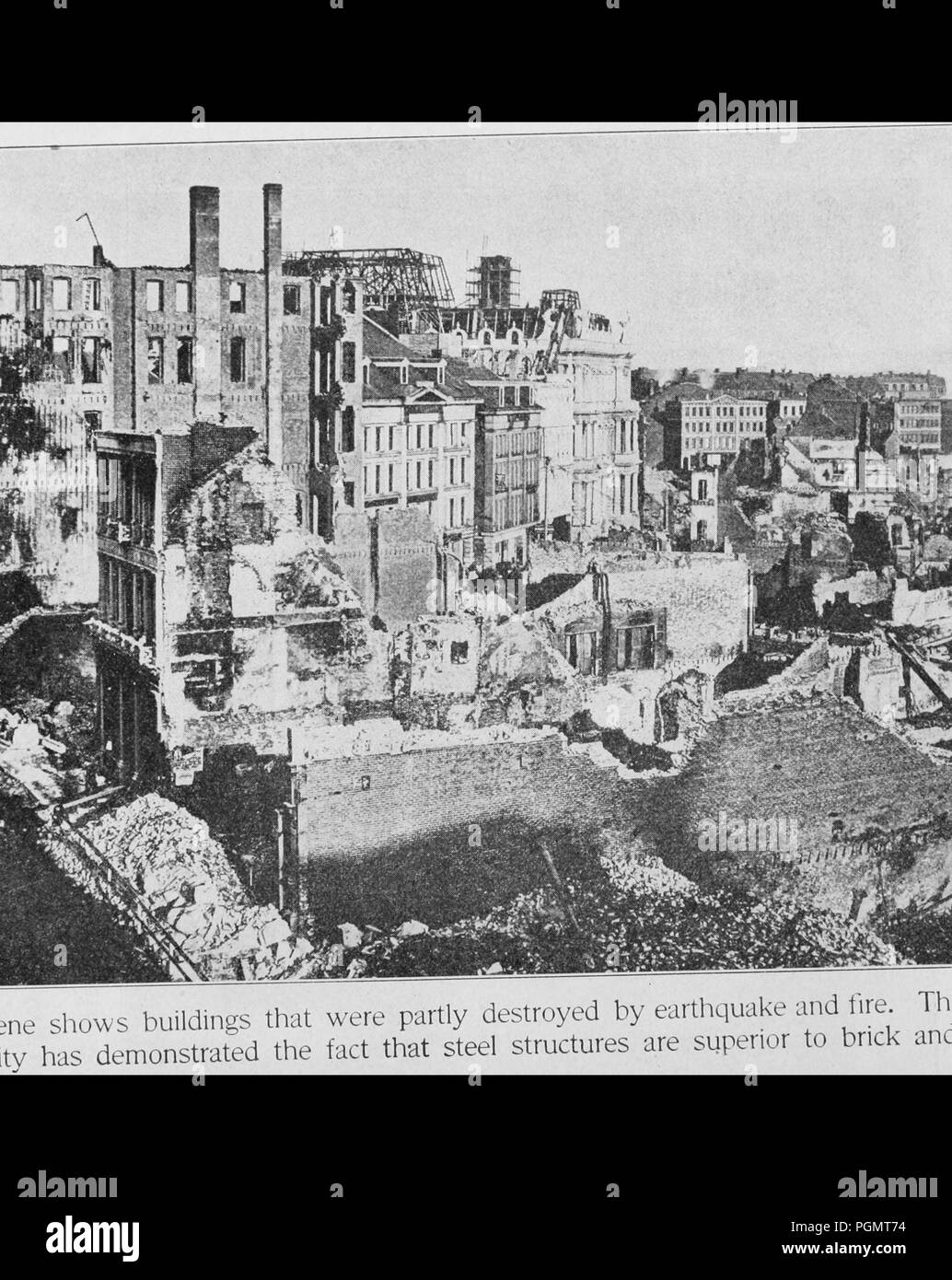 Black and white illustration, from a high angle, showing widespread destruction in urban San Francisco caused by the 1906 earthquake and fires, with a caption stating the 'calamity has demonstrated the fact that steel structures are superior to brick and stone', 1906. Courtesy Internet Archive. () - Stock Image
