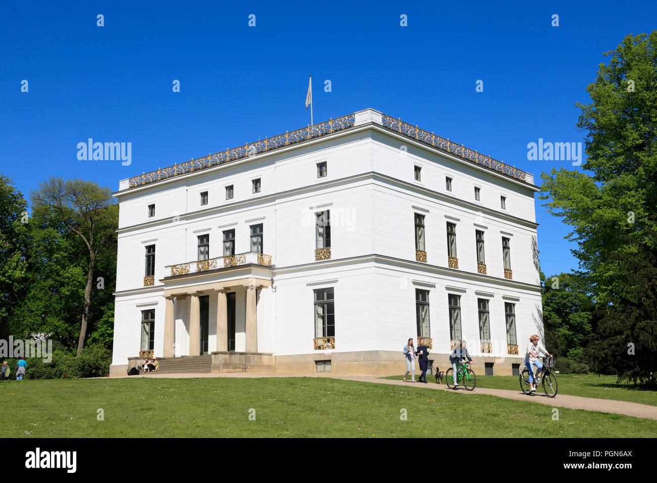 Oevelgoenne, Jenisch house in Jenischpark, Hamburg, Germany, Europe - Stock Image
