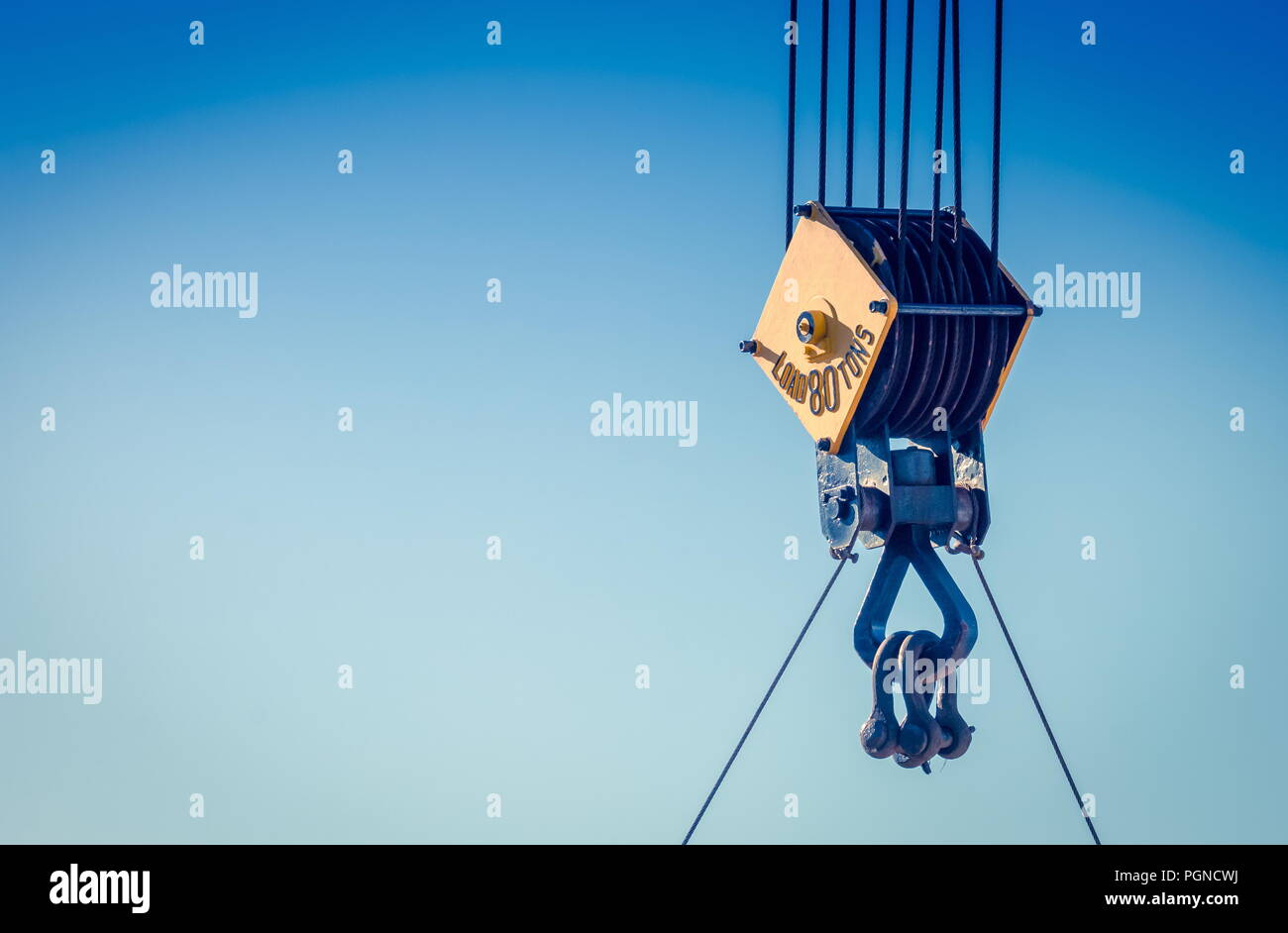 Heavy Rope And Pulley Stock Photos & Heavy Rope And Pulley Stock ...