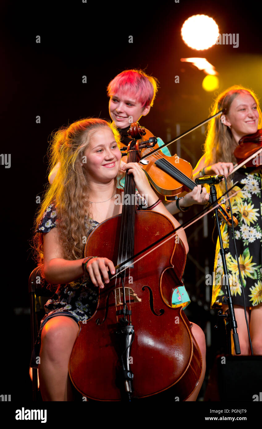 The national youth folk ensemble perform at Cambridge folk festival day one 2018 - Stock Image